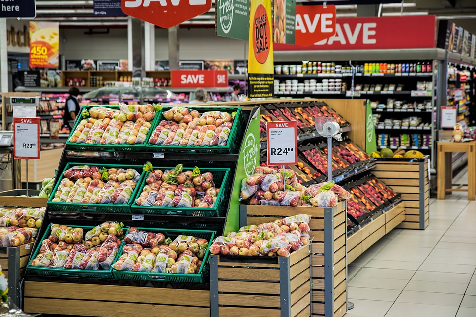 Supermarkets aiming for a plastic-free future